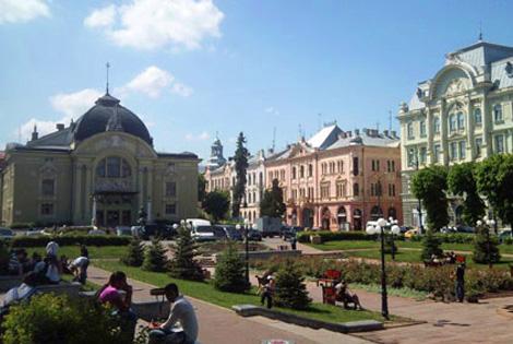 ua_czerniowce_teatr
